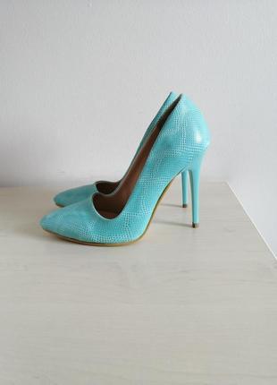 Лодочки под питона туфли на шпильке туфлі на каблуках туфельки под рептилию