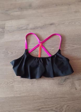 Верх від купальника з рюшечкою стан нового pink victoria's secret