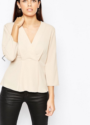 Блуза нюдовая бежевая asos с иммитацией запаха