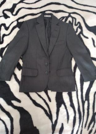 Пиджак на первоклассника, рост 116-122