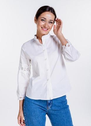 Блуза молочная с кружевом макраме на рукавах 42-48 р.