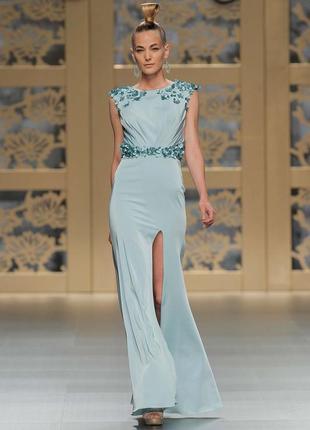 Платье в пол кроя хвост русалки с вышивкой цветами carla ruiz