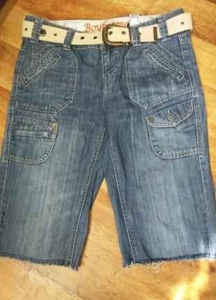 Бриджи джинсовые 38 р- р,пояс в подарок
