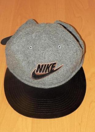 Фирменная мужская кепка от nike - натуральная шерсть -оригинал