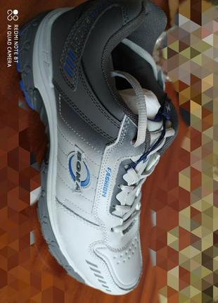 Спортивные кроссовки bona, размер 44.оригинал.