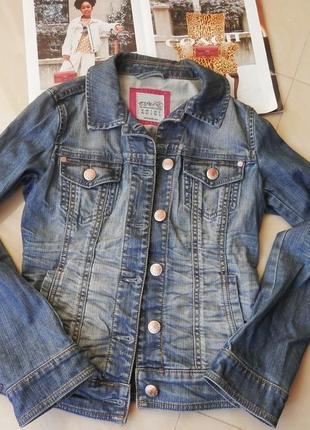 Стильна брендова джинсова куртка, esprit - стиль і оригінальність в стилі levis
