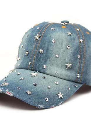 Кепка джинсовая женская с заклепками и звездами