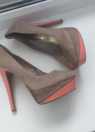 Шпильки туфли
