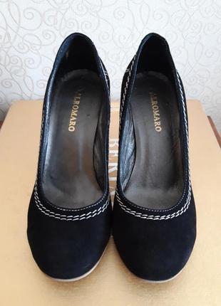 Замшевые туфли alromaro