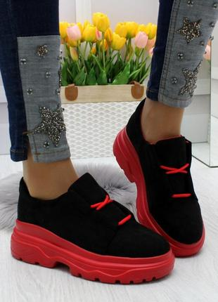Новые женские чёрные туфли на красной  подошве