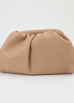 Клатч/сумка пельмень в стиле bottega veneta the pouch {разные цвета}