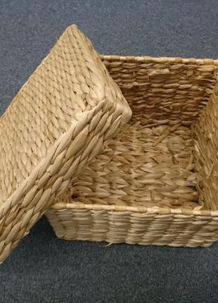 Корзинка плетенная с крышкой квадратная 23 см