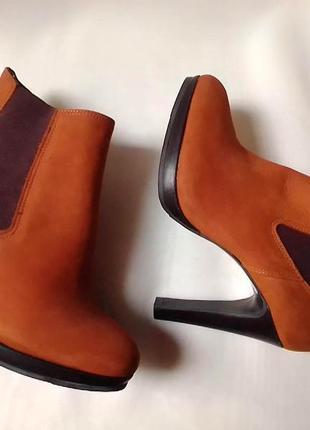Челсі черевики на каблуку