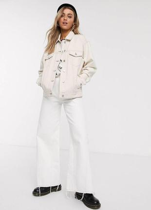 Светло-бежевая джинсовка oversized-куртка в винтажном стиле topshop