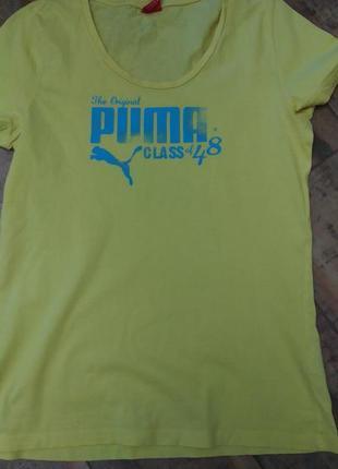 Женская футболка бренда puma