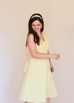 Сукня літня жовтенька.