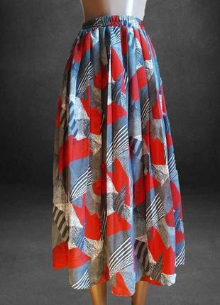 В наличии юбка плиссе , модный принт италия италия