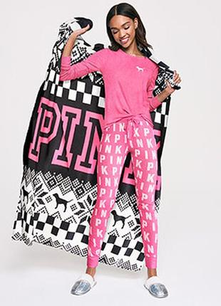 Плюшевый плед victorias secret pink