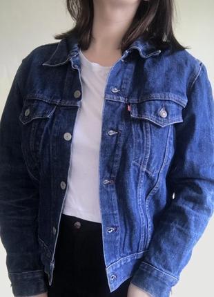 Женская джинсовая куртка {джинсовка} levis оригинал