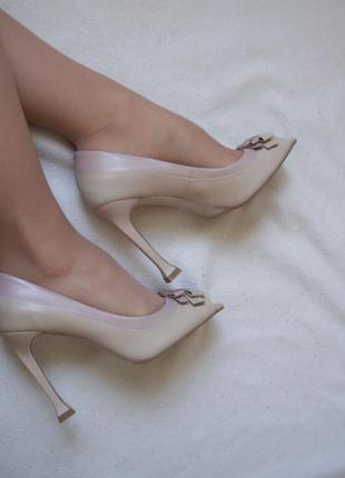 Туфли открытый французский носок кожа