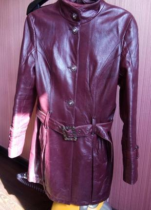 Кожаный френч бордового цвета р-р 42-44