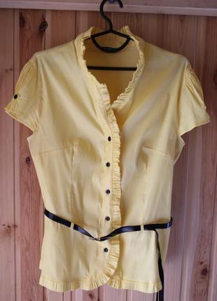 Нарядная яркая блуза на пуговицах