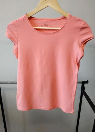 Стрейчевая футболка розового кораллового цвета