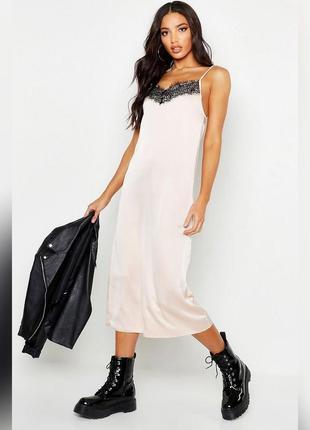 Шелковое платье слип с кружевом asos