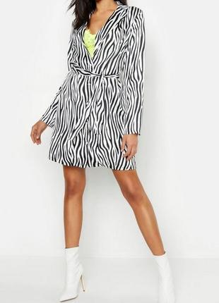 Boohoo. неоновое платье-рубашка с принтом зебра uk 8.на наш 44-46