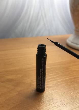 Черная подводка для глаз nyx vinyl liquid liner водостойкая виниловая