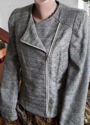 Классная куртка- косуха. 46-48р. качество!