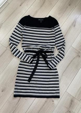 Тёплое короткое мини платье mango длинным рукавом