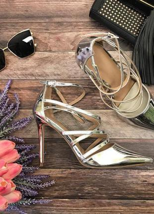 Блестящие туфли asos с декоративными лямками и острым носком  sh2678  asos