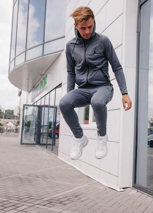 Мужской спортивный костюм jordan4 фото