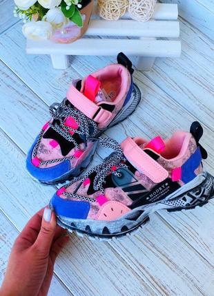 Крутые детские кроссовки на девочку