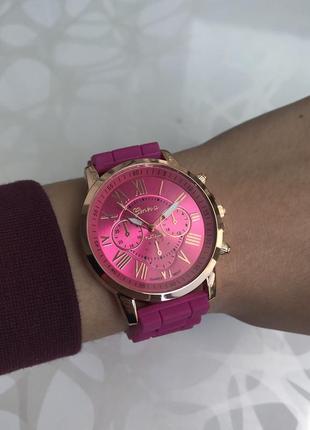 Силиконовые женские наручные розовые часы geneva женева летние