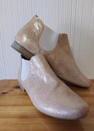 Кожаные ботинки челси от caprice.