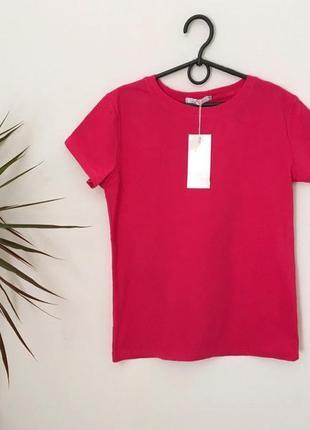Качественная новая коттоновая малиновая футболка