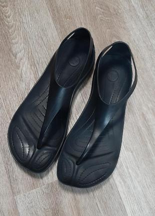 Босоножки crocs sexi flip sandal / шлепки / сандали / w8 / crocs / взуття /