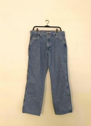 Джинсы wrangler в винтажном стиле