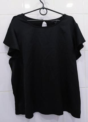Атласная красивая блуза футболка