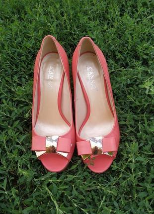 Туфли босоножки из натуральной кожи