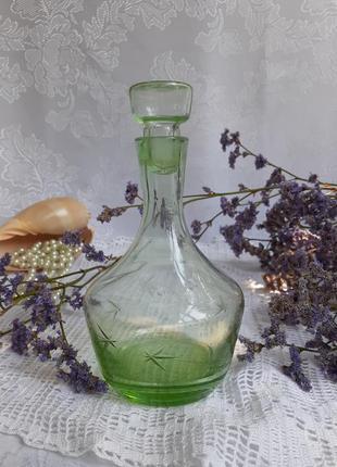 Графин ссср тонкое зеленое стекло ручная гравировка феерверк