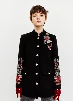 Фирменное стильное качественное натуральное пальто тренч шерсть с вышивкой