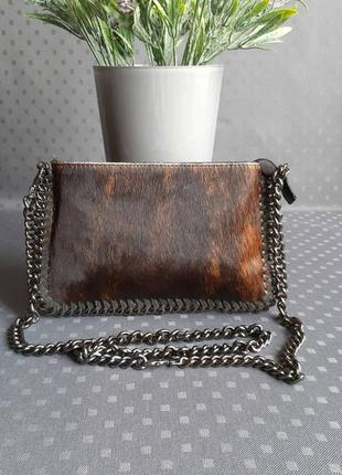 Кожаная новая красивая черно коричневая сумка с натуральным мехом италия