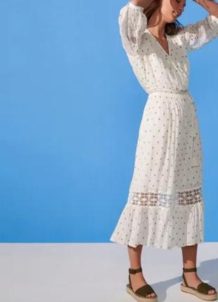 Нежное натуральное платье миди с кружевом  debenhams