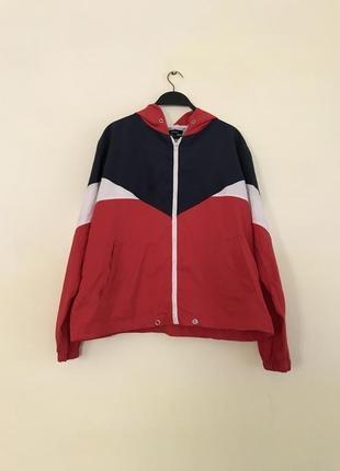 Куртка ветровка bershka в стиле колорблок олимпийка