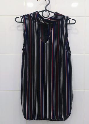 Милая шифоновая блуза с чокером в полоску