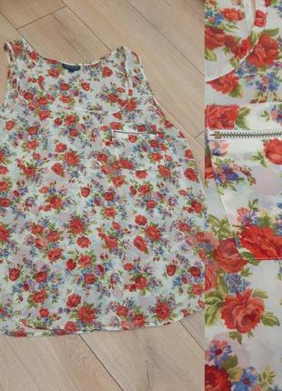 Блуза с розочками