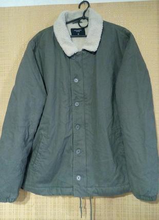 Классная коттоновая куртка на меху